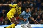 Man City 1-0 Reading: Thắng phút bù giờ, bám đuổi M.U