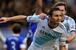 Everton 1 - 2 Chelsea: Lampard tỏa sáng, The Blues lội ngược dòng