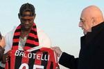 """Balotelli: """"Tôi yêu Mancini như cha, ông ấy coi tôi như con"""""""