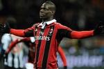 Mario Balotelli có thể được Man City mua lại