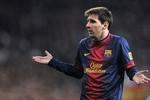 Lionel Messi gia hạn với Barcelona tới 2018 vào thứ Năm