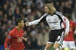 M.U phải đá rắn, chặt chém để hạ Ronaldo