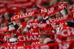 5 câu hát hay nhất trên khán đài sân Old Trafford