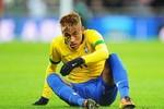 Pele khuyên Neymar tới Barcelona