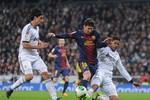 Barcelona 1-3 Real Madrid: Messi mất tích, Ronaldo lập cú đúp