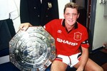 Top 10 cựu hậu vệ M.U hay nhất kỷ nguyên Premier League