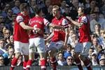 Tiêu điểm Fulham 0-1 Arsenal: Schwarzer đạt cột mốc 500 trận