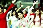 Chùm ảnh: Nữ sinh Imiss nhảy flashmob gắn kết yêu thương