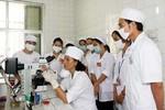 Đầu vào thấp, chất lượng đào tạo y, dược khó đảm bảo