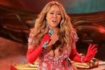 Mariah Carey mặc váy táo bạo đón giáng sinh sớm