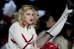 Tour lưu diễn Madona 'đè bẹp' Michael Jackson, Lady Gaga