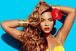 Beyoncé phô diễn đường cong với bikini