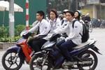 """Vì sao nhiều người Việt """"ít sợ lâu""""?"""