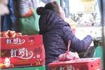 Mùa này, những loại rau, củ, quả nào thường gắn mác Trung Quốc?