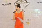 MC Thanh Mai hoãn đi Pháp thành lập CLB Đẹp