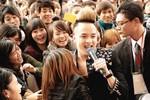 Hàng nghìn khán giả ở Đài Loan vây quanh Cao Thái Sơn