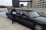 Dương Triệu Vũ 'khoe' xe Limousine và tài xế riêng tại Mỹ