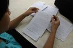 Tại sao nhà trường thà chết chứ không trả bài thi cho học trò?