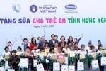 Quỹ sữa Vươn cao Việt Nam đem niềm vui đến với trẻ em tỉnh Hưng Yên