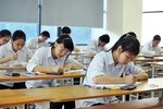 Tăng tốc học thi, học trò cuối cấp vật vờ đói ngủ, thầy cô ngao ngán, tức giận