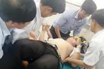 Thầy giáo bị học sinh dùng dao đâm vào bụng
