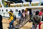 Học sinh huyện đảo Phú Quý đã đến địa điểm thi an toàn