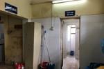 Chấm dứt cảnh nhà vệ sinh trường học hôi dơ bằng cách nào?