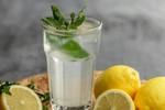 Uống nước chanh lạnh có giảm cân?