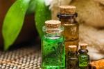 3 gợi ý tuyệt vời sử dụng tinh dầu hương thảo cho da