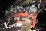Tai nạn thảm khốc trên QL 1A: 1 người chết, 30 người bị thương nặng