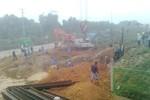 Vỡ đường ống dẫn nước Sông Đà, khoảng 70.000 hộ dân HN bị ảnh hưởng