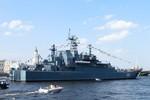 Tàu đổ bộ Nga ghé cảng Tartus của Syria