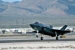 Không quân Mỹ buộc phải cắt giảm các chiến dịch huấn luyện bay