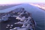 VIDEO: Tàu sân bay Mỹ di chuyển thế nào qua kênh đào Suez?