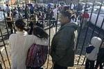 Rò rỉ khí độc, 42 học sinh nhập viện