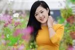 """Hotgirl Thanh Tâm làm """"lu mờ"""" cả rừng hoa"""