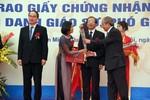 Nữ Phó giáo sư trẻ nhất năm 2012 mới 32 tuổi