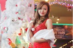 Hotgirl Midu, Khả Ngân, Quế Minh gợi cảm đón Giáng Sinh