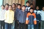 Hàng trăm học sinh ở Nghệ An bất ngờ bị ép... lấy máu