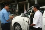 PTT Nguyễn Thiện Nhân yêu cầu nghiên cứu gắn chip với taxi tại sân bay