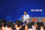 Thủ tướng ngồi ghế xoay đối thoại với hơn 3.000 công nhân