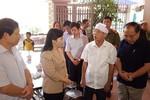 Bộ trưởng Y tế chia buồn với các gia đình bệnh nhân tử vong tại Hòa Bình