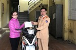 Đội Cảnh sát Giao thông số 1 trao trả 3 xe máy bị mất cắp cho người dân