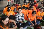Lãnh sự Nam Phi truyền lửa nhân ái gói bánh chưng tặng người nghèo đón Tết