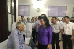 Bộ trưởng Y tế kiểm tra y tế cơ sở, tặng quà bệnh nhân tại tỉnh Nam Định