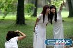 """Ảnh: Nữ sinh """"lãng mạn"""" trong thu Hà Nội"""