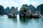 """Vịnh Hạ Long vào top 100 địa danh nên ghé trước """"Ngày tận thế"""""""