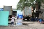 TP.HCM: Cháy lớn tại xưởng gỗ, hàng trăm công nhân tháo chạy