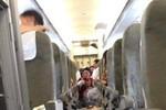 """Cảnh hỗn loạn trong chuyến bay """"rơi tự do 122m"""" của Vietnam Airlines"""