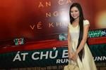 Hoa hậu dân tộc Ngọc Anh một mình đi xem phim sau tin đồn thị phi
